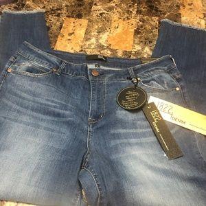 1822 Vintage Denim Skinny Jeans NWT